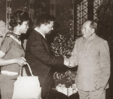 mabel-and-robert-f_-williams-greeted-by-mao-tse-tung