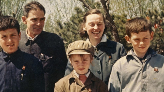 The Engst Family in Beijing, 1967 Fred Engst, Erwin Engst, Karen Engst, Joan Hinton, and Bill Engst (Photo courtesy of Bill Engst)